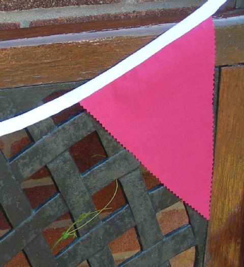 BUNTING Plain Pink - 3m/10ft or 5m/16ft